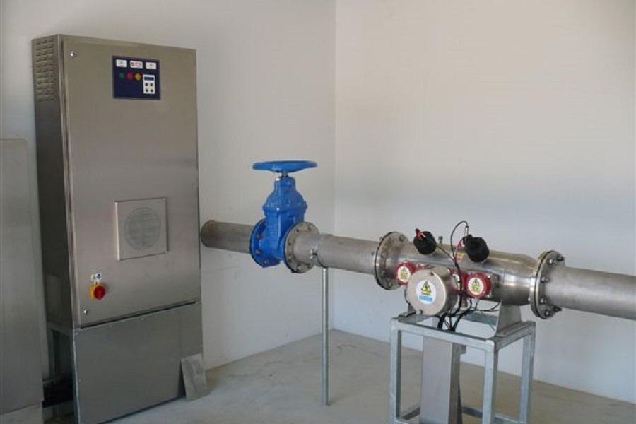 Uzdatnianie wody promieniowaniem UV